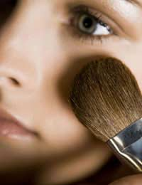 Looking Good For Less: Economical Beauty Tips